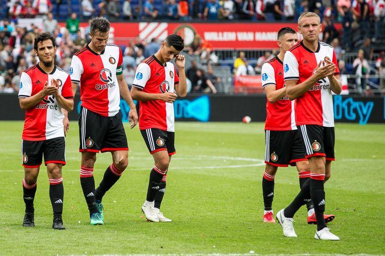 Feyenoord-spelers Yassin Ayoub, Robin van Persie, Mo El Hankouri, Steven Berghuis en Sven van Beek Beeld ANP