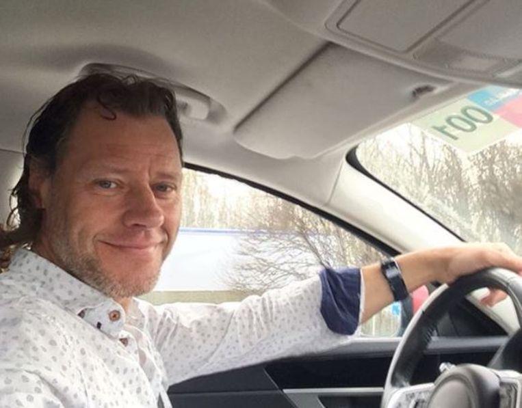 Patrick Van Gansen in de volgwagen.