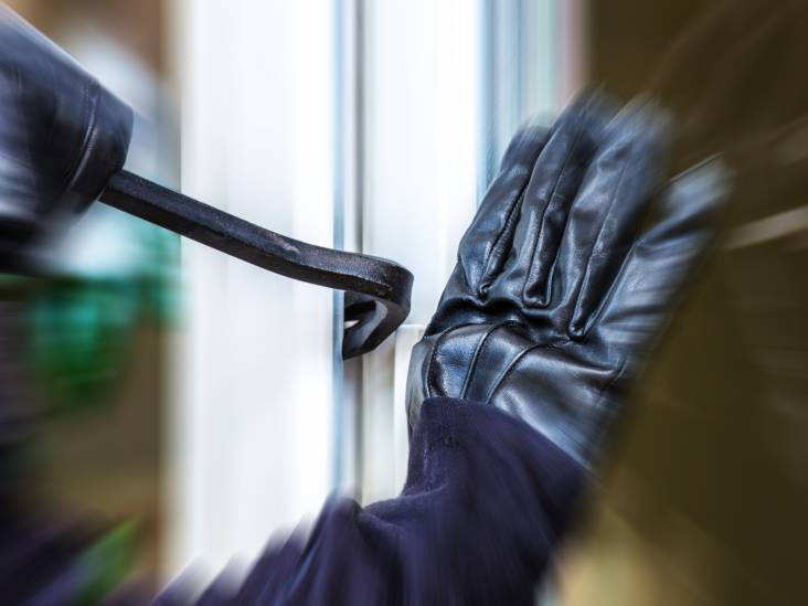 Inbreker op heterdaad betrapt bij bedrijfspand in Oosterhout