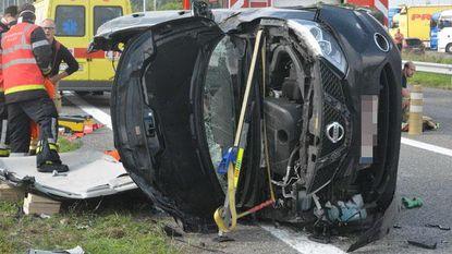 Twee spectaculaire ongevallen in twee uur tijd op E40