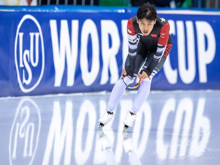 Ning Zhongyan op de 1.500 meter tijdens de wereldbekerwedstrijden in Minsk. Beeld BSR Agency