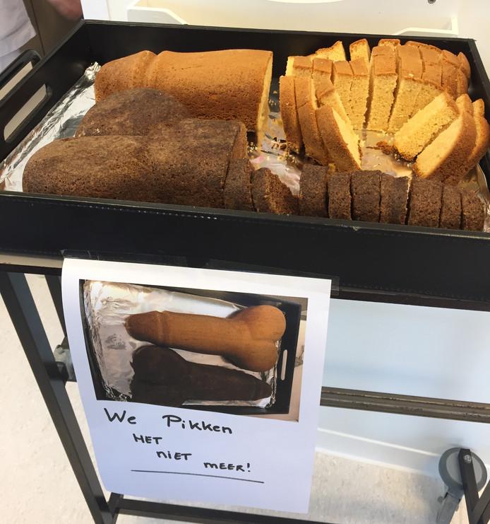 Cake in de vorm van een penis.