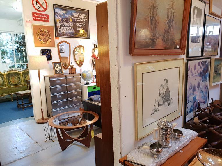 Crystal Palace Antiques & Modern is gevestigd in een voormalig Victoriaans textielmagazijn. Beeld null