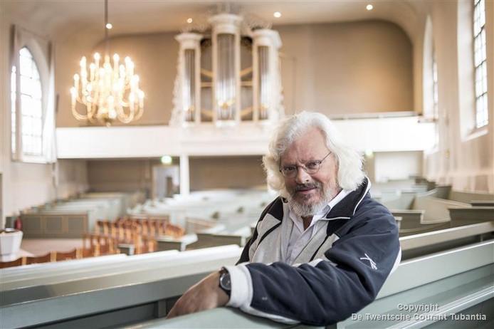 De vertrekkende Holtense dominee Harry Gijsen gaat de kerk op zijn nieuwe plek in Spijkenisse 'een beetje opschudden'.