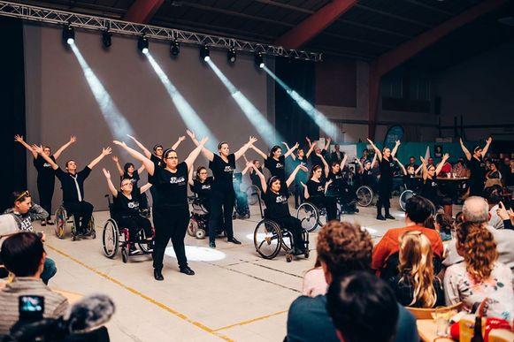 Rolstoeldansgroep Duo gaf succesvol optreden in De Lovie