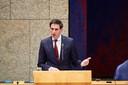 Volgens minister Hoekstra kan Nederland het ook wel drie maanden langer uitzingen, mocht het noodpakket verlengd moeten worden.