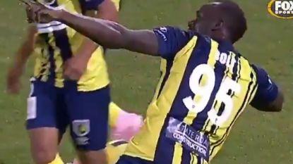 Zien! Usain Bolt scoort bij zijn debuut als basisspeler meteen twee keer