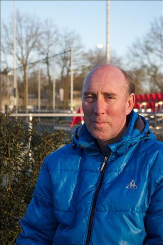 Pierre Regnault, coach van MHC Bemmel, op archiefbeeld.
