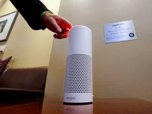 Un ancien directeur d'Amazon affirme qu'il débranche Alexa pour avoir des conversations privées