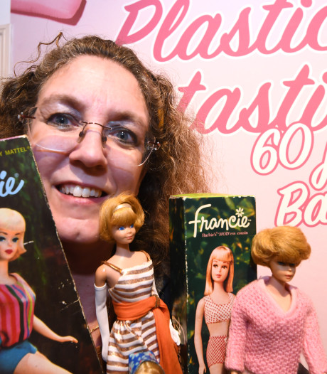 Armel (47) stelt haar 400(!) barbiepoppen tentoon in Vianen