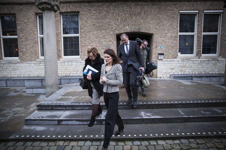 Staatssecretaris Barbara Visser van Defensie na een overleg met het bestuur van de provincie Zeeland, gemeente Vlissingen en het waterschap over de problemen rond de verhuizing van de marinierskazerne.  Beeld ANP