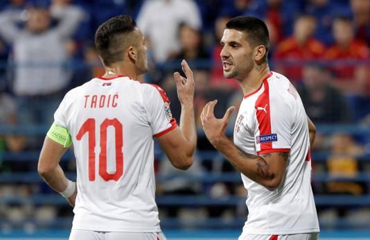 Dusan Tadic en Aleksandar Mitrovic (rechts).