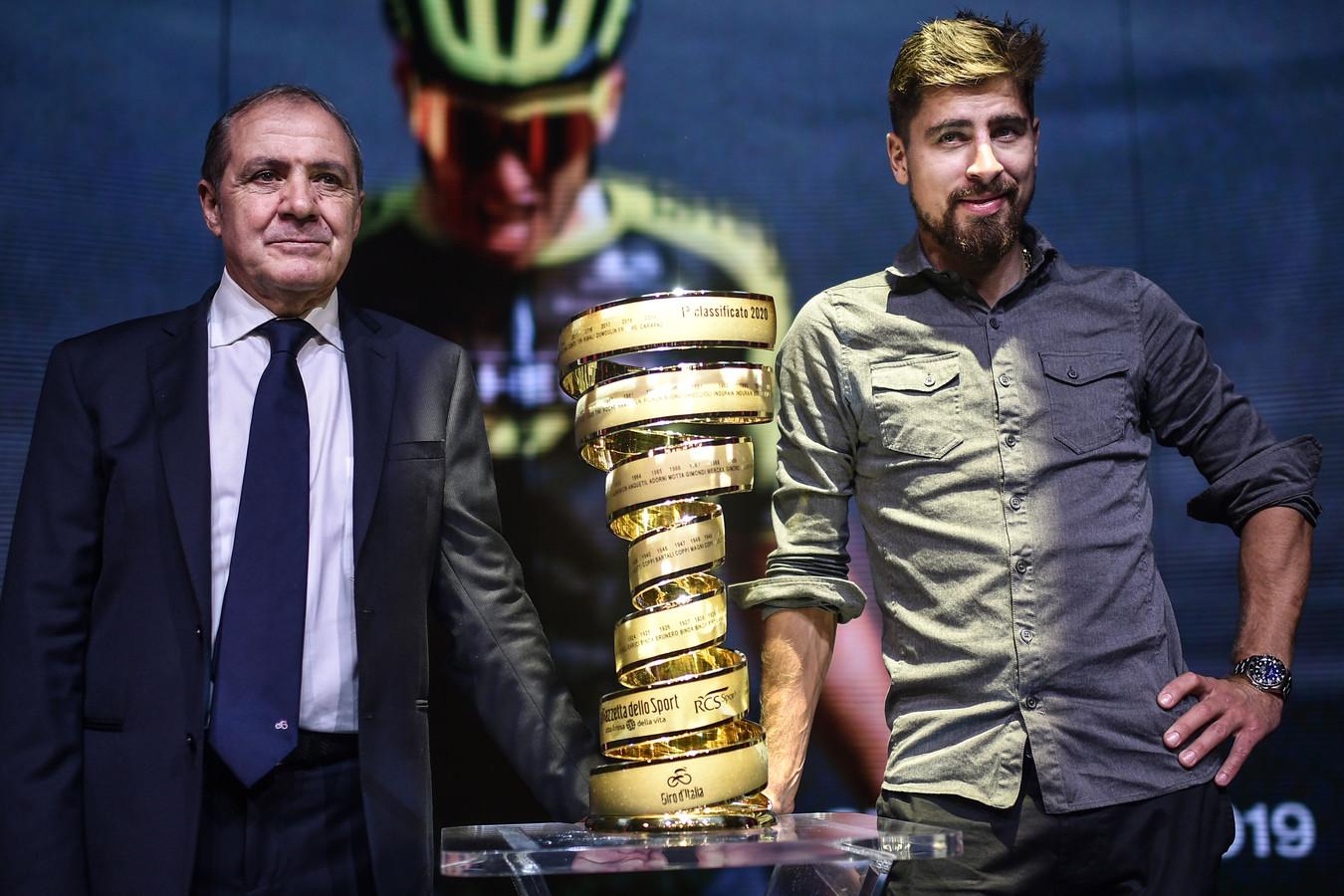 Giro-directeur Mauro Vegni (rechts) en Peter Sagan.