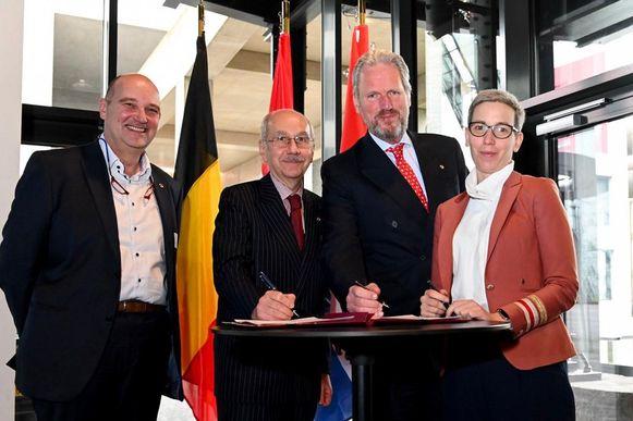 V.l.n.r. Alain de Muyser (Secretaris-Generaal Benelux), Jean-Louis Six (Belgisch ambassadeur), Han-Maurits Schaapveld (Nederlands ambassadeur), Sam Tanson (Luxemburgs minister van Justitie)
