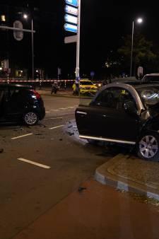 Vijf gewonden bij botsing auto's in Rotterdam-West