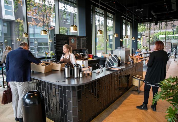 starbucks bij dela in binnenstad eindhoven nu open | eindhoven | ed.nl