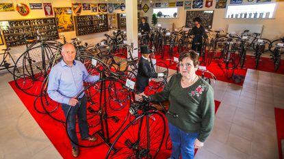 """""""90 antieke fietsen, maar nu zit het vol"""""""
