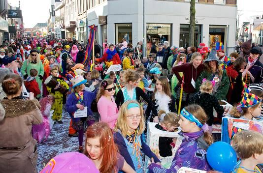 Drukte tijdens carnaval in Oosterhout.