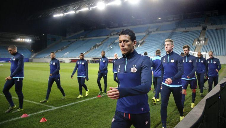 Spelers van PSV tijdens de training voor het Champions Leagueduel tegen CSKA Moskou. Beeld epa