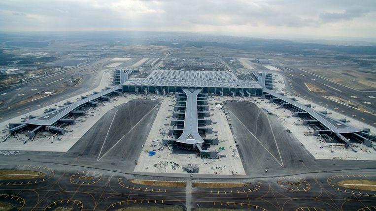 De bouw van de nieuwe luchthaven in het Turkse Istanbul vergde het leven van 52 arbeiders.
