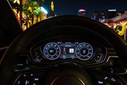Nooit meer stilstaan voor het rode licht: met deze slimme auto kan het al