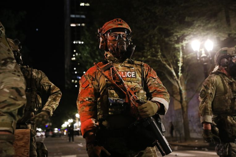 De federale politie in Portland. Beeld Getty Images