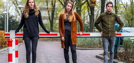 Bewoners Rachmaninoffplantsoen wanhopig door vandalisme en parkeerproblemen: 'Wekelijks  autoruiten ingeslagen'