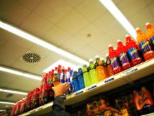 Klant helpt bij overmeesteren winkeldief in Tielse supermarkt