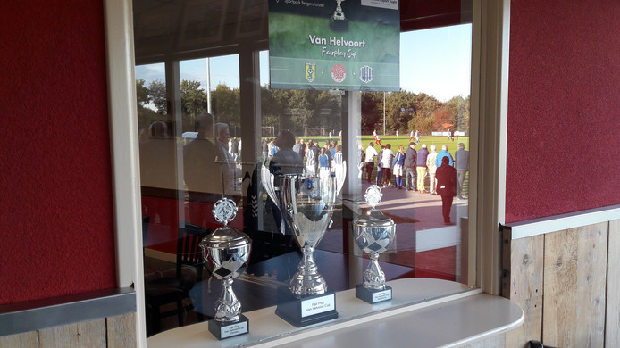 Voetbalvrienden uit Vught, Haaren en Helvoirt streden zaterdag om de Van Helvoort Cup.