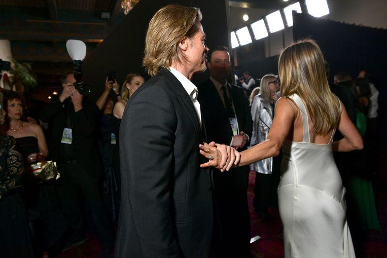 Brad en Jennifer stalen de show in de backstage van de SAG-awards.
