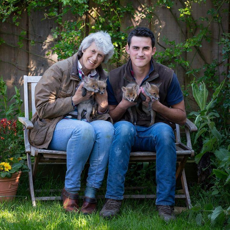 Chris Rolfe (24) en zijn moeder Jean (51) zorgen voor het kwartet.