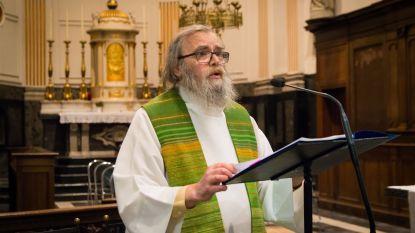 Pastoor Rik Merens (70) plots overleden