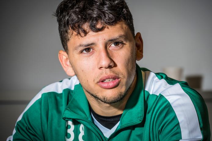 Gustavo Hamer vliegt na de geboorte van zijn zoon Thiago mogelijk alsnog over naar Spanje voor het trainingskamp van PEC Zwolle.