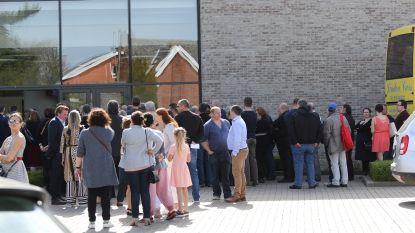 Ruim 500 rouwenden nemen afscheid van Herentse busschauffeur die heldendaad verrichtte