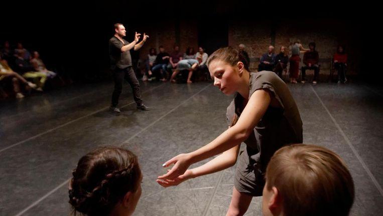 Beeld van Soul #1 Audience waarbij de interactie met het publiek centraal staat. Beeld Robert Benschop