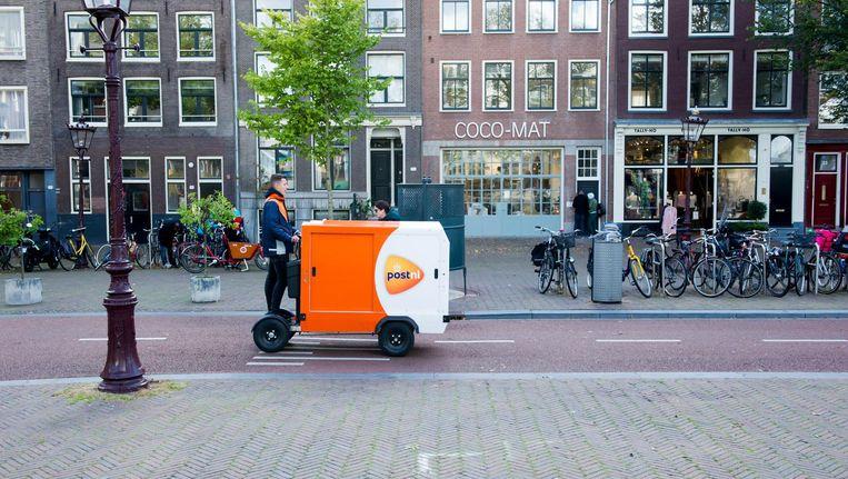 LEVV's (Licht Elektrische Vrachtvoertuigen) in diverse uitvoeringen blokkeren het overige verkeer niet Beeld POSTnl