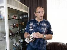 Ben (56) uit Arnhem pimpt modellen van vrachtwagens: 'Word ik rustig van'