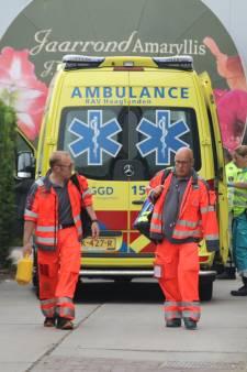 Medewerker met spoed naar ziekenhuis na bedrijfsongeval bij kwekerij in Monster