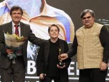 Kelly van Zon 's werelds beste paratafeltennisster: 'Mooiste en meest eervolle prijs die er is'