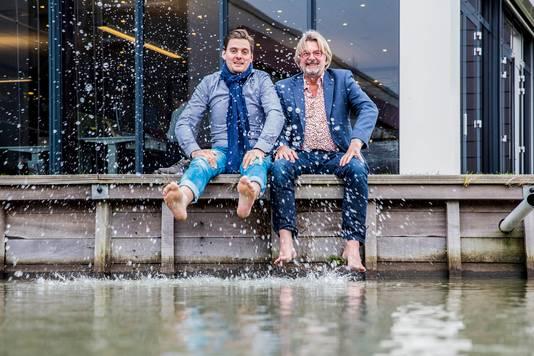 Ook vader Rob en zoon Stijn Baan, bekende ondernemers uit Monster, doen mee aan A Local Swim.
