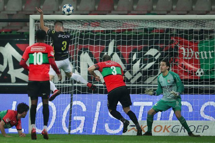 NEC-doelman Norbert Alblas was overduidelijk de man of the match tegen Go Ahead Eagles.