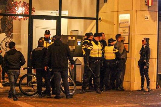 Aanhoudingen tijdens de onrustige uitgaansnacht in Arnhem