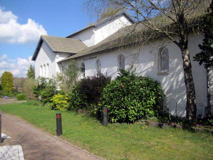 Oude noodkerk Ommel