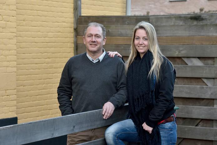 Voetbaltrainer Wilco Klop en zijn hockeyende dochter Charlotte.