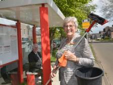 Wijni (78) uit Polsbroek kreeg vorig jaar een lintje: 'Ik maak nog altijd het bushokje schoon'