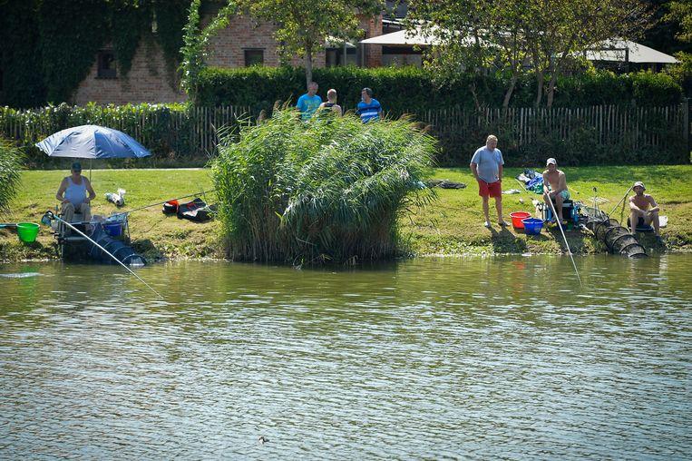 Het wordt voorlopig afgeraden te vissen op de forten.