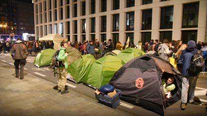 'Camping Klimaat' palmt tot morgen Wetstraat in