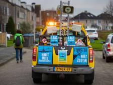 Lawaaiprotest in woonwijken tegen Lelystad Airport: 'Is dit een corona-alarm?'
