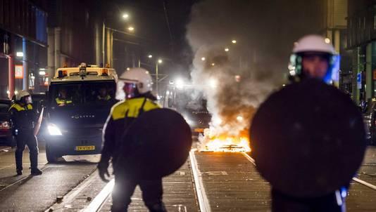 De rellen in de Haagse Schilderswijk liepen dagenlang flink uit de hand