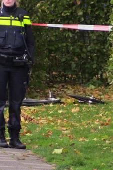 Jongen na achtervolging aangereden op speelterrein in Enschede